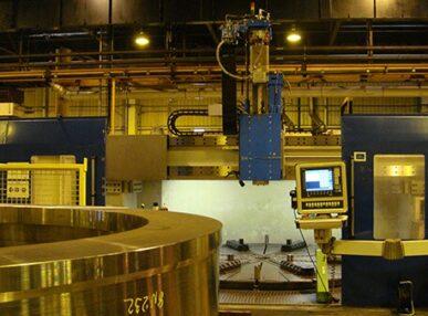 Strunguri carusel cu CNC cu cap de lucru pentru strunjire si frezare si magazin de scule